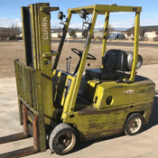 Used Forklifts / Lifts
